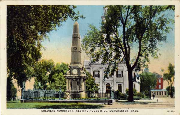 Soldiers_Monument_and_First_Church_on_Meeting_House_Hill